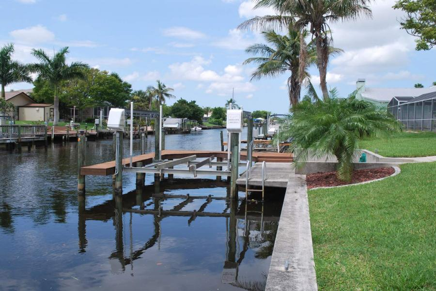 Cape-Coral-vacation-rentals-Elvenar_251003